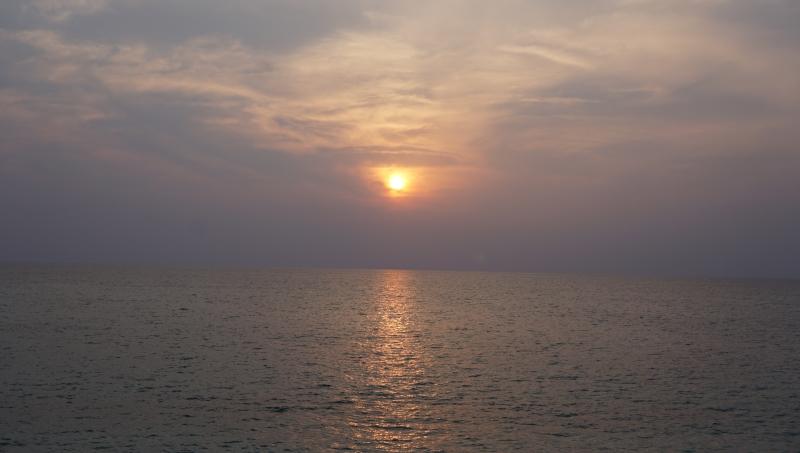 奄美大島に来たら、大浜海浜公園で夕日と星空を見よう。:アイキャッチ