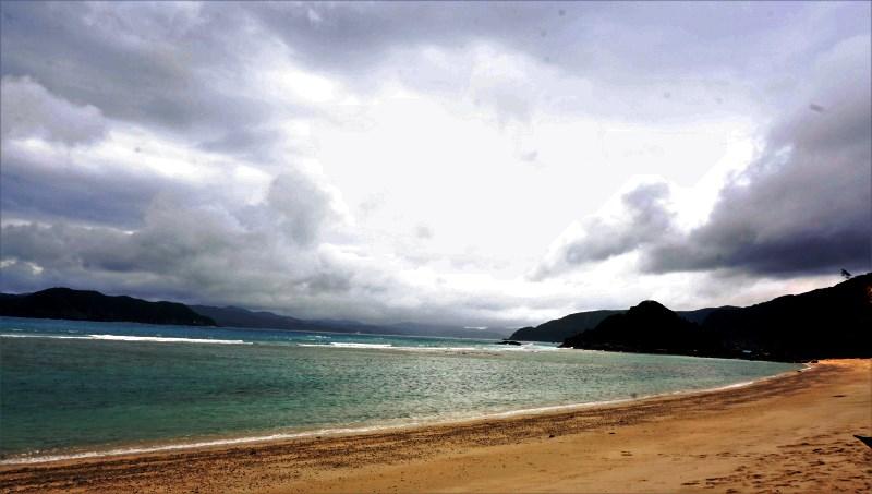奄美大島南部のビーチといえばここ!加計呂麻島を望むヤドリ浜:アイキャッチ